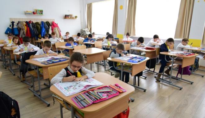 Foto: Începe vânătoarea școlilor bune! Care este calendarul înscrierilor în clasa pregătitoare
