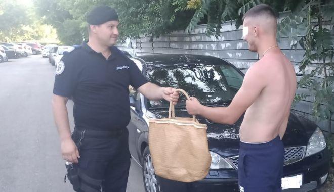 Geanta unor turiști din Galați, furată de pe plajă, recuperată de jandarmi - jandarmi-1626330334.jpg
