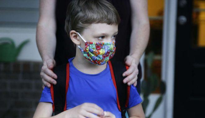 Foto: Măsuri fără precedent în unitățile școlare. Accesul părinților, interzis în interiorul grădinițelor