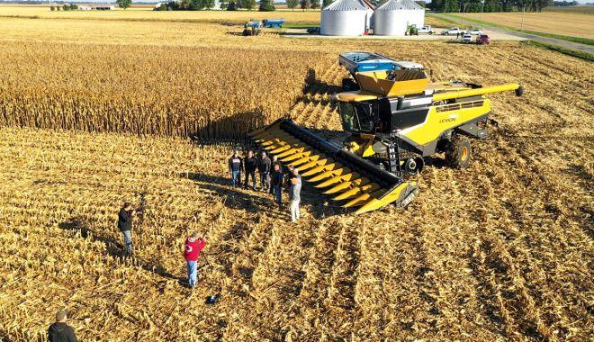 Oferta slabă de cereale a dus la surprize pe bursă. Preţul porumbului a crescut neaşteptat - jos-1607628390.jpg