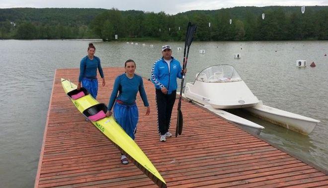 """Foto: Kaiac-canoe la Constanța. """"Oamenii apelor"""" nu își reiau activitatea!"""