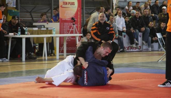 Daniel Asaftei, în ringul Mondialelor de kempo din Canada - kempodaniel-1370969084.jpg