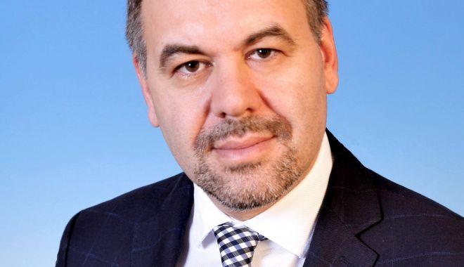 Leonardo Badea (BNR):  România va avea o creștere economică mai rapidă dacă accelerăm ritmul de vaccinare - leonardobadeabnrromaniavaaveaocr-1618129505.jpg