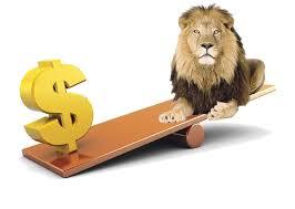 Foto: Dolarul s-a apreciat cu 1,76 bani în bătălia cu leul