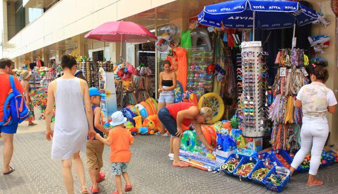 Licitaţii la Primăria Constanța. Sunt atribuite zonele comerciale din Mamaia şi Satul de Vacanţă - licitatii-1621176110.jpg