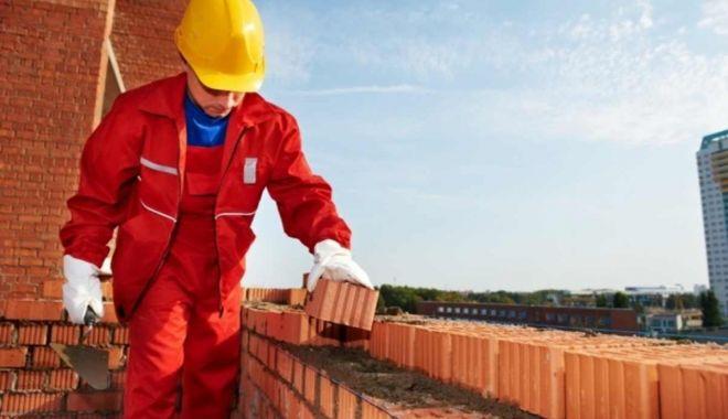 Aproape 19.900 locuri de muncă vacante pentru şomeri - locuridemunca-1623867711.jpg