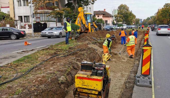 Infrastructura pietonală şi rutieră, reabilitată în mai multe cartiere - lucrari1-1634146610.jpg
