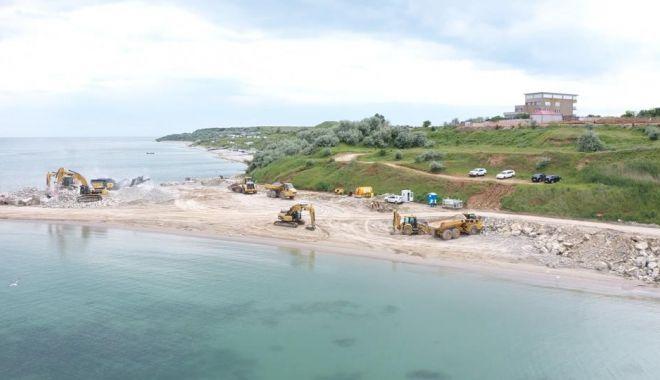 GALERIE FOTO. Au început lucrările de stopare a eroziunii costiere, la Eforie - lucrari2-1622793574.jpg