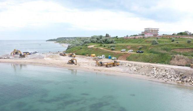 GALERIE FOTO. Au început lucrările de stopare a eroziunii costiere, la Eforie - lucrari3-1622793620.jpg