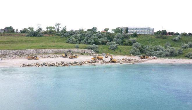 GALERIE FOTO. Au început lucrările de stopare a eroziunii costiere, la Eforie - lucrari4-1622793497.jpg