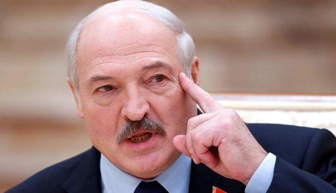 Lukaşenko a început represaliile asupra medicilor care nu sunt de acord cu el - lukasenkoainceput-1626871169.jpg