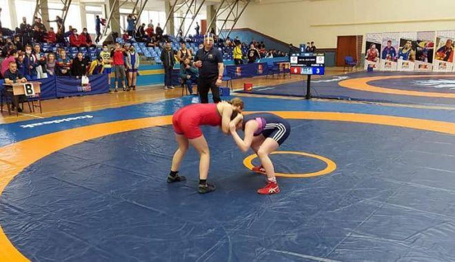 Lupte / Finala Campionatului Naţional de juniori U15, în perioada 6-9 mai - luptejuniori-1620135215.jpg