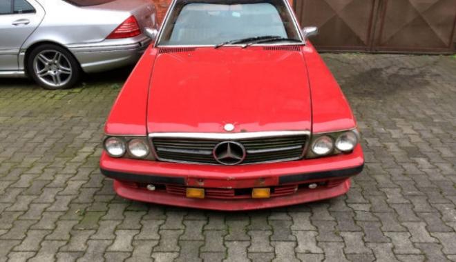 Foto: Mercedes-Benz SL 450 la doar 5.000 de euro. Să fie oare o investiție rentabilă?