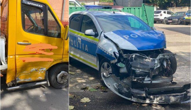 Poliţist amendat după ce a provocat un accident rutier în care a distrus autospeciala - masina-1631971738.jpg