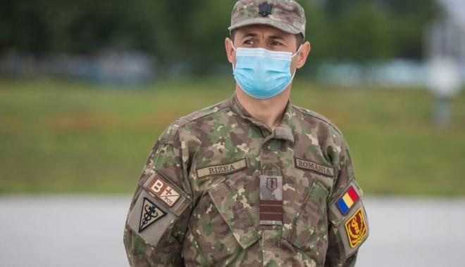Cadre medicale de la Spitalul Militar Constanța, în luptă cu COVID 19 în America - medicimilitaririzeasursadirectia-1591205147.jpg