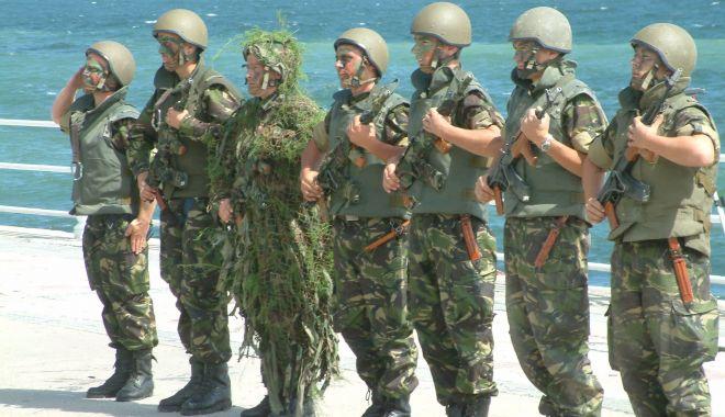 Foto: A început recrutarea de personal în Armată! Posturi de ofițeri, subofițeri, maiștri militari, gradați și soldați