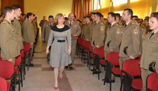"""Foto: """"Generalul soldaților"""" trece la acțiune. Decizie de ULTIMĂ ORĂ a Otiliei Sava"""