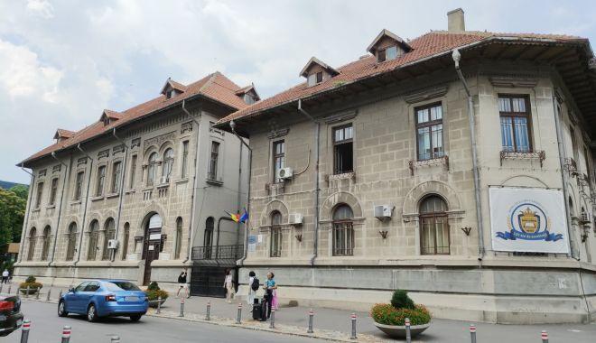 """Admitere înainte de Evaluarea Națională. Iată ce spun directorii liceelor """"de top"""" din Constanța (I) - mircea-1626279119.jpg"""