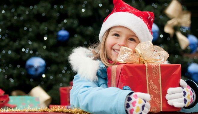 Foto: Moș Crăciun vine la copiii militarilor. Ce surprize le-a pregătit