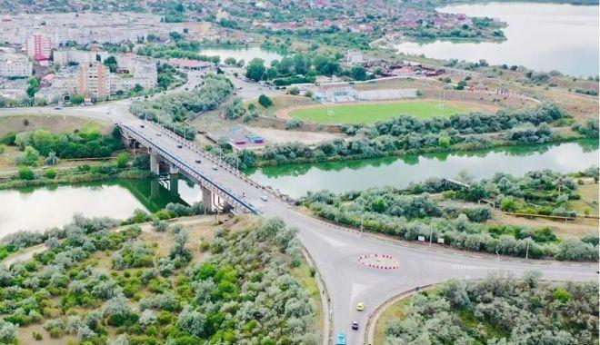 Podul de peste ecluza de la Năvodari va fi modernizat și lărgit - navodaripod-1626460437.jpg