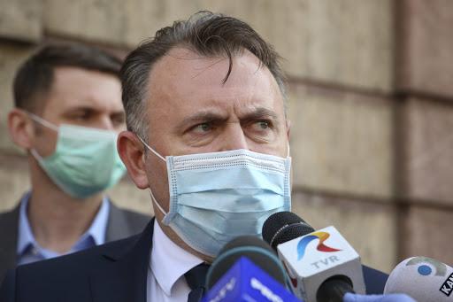 Foto: Când vor scădea cazurile de COVID în România? Anunţul făcut de ministrul Nelu Tătaru