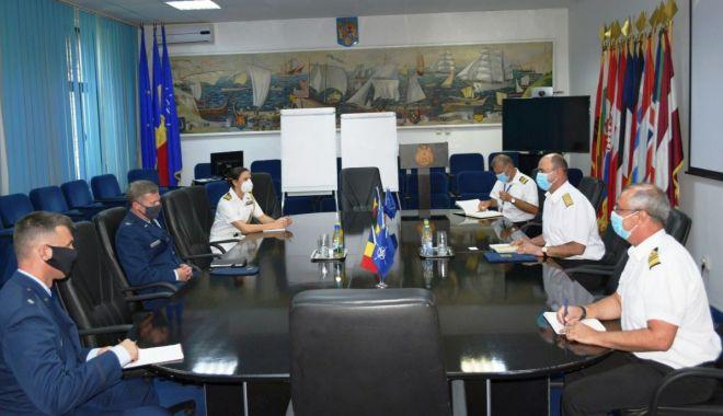 Foto: Oaspeți de seamă, în vizită la șeful Statului Major al Forțelor Navale