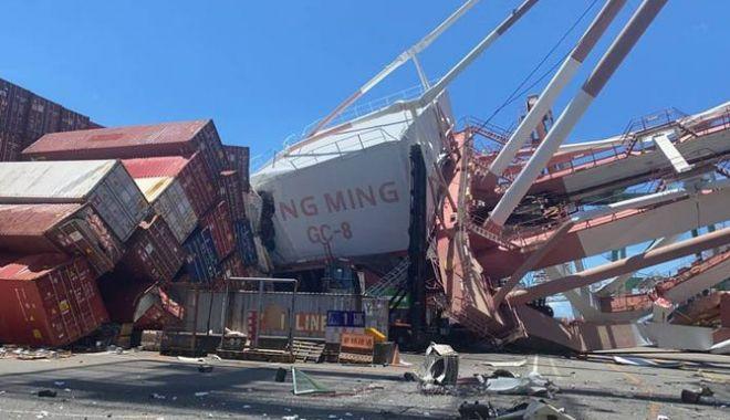 O navă a făcut ravagii într-un port din Taiwan - onavaafacutravagiiintrunportdint-1622972152.jpg
