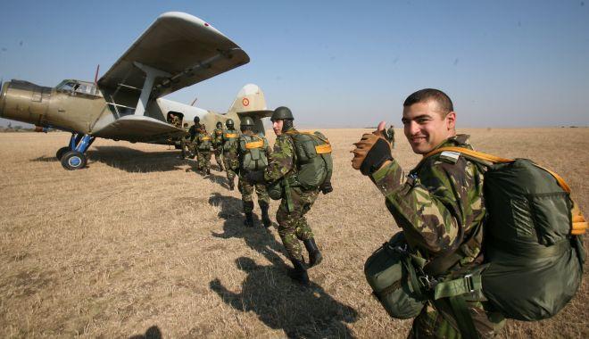 Foto: Ce se întâmplă cu pensiile militarilor? Ministrul Fifor, declarații la Constanța