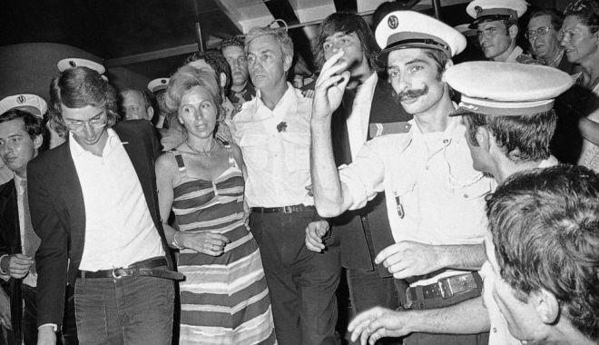Foto: A murit un pilot de legendă. Nu și-a abandonat pasagerii, luați ostateci de teroriști!