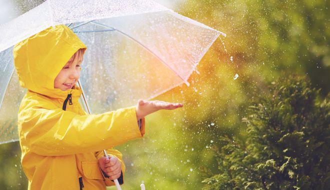 Cum va fi vremea în acest weekend. Zonele unde va ploua torențial - ploi-1622873540.jpg