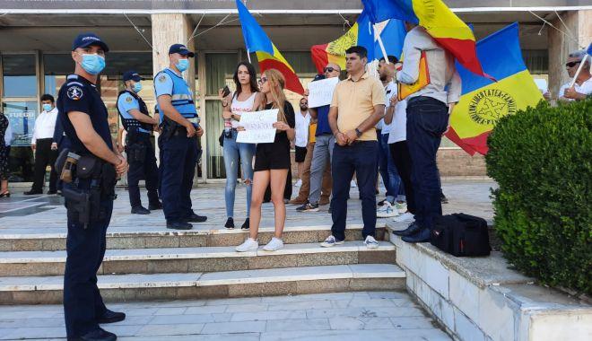 LIVE TEXT. ALEGERI LA PNL CONSTANȚA. Bogdan Huțucă, reconfirmat președinte. ORBAN ȘI CÎȚU, PREZENȚI LA EVENIMENT - pnl12-1627313711.jpg