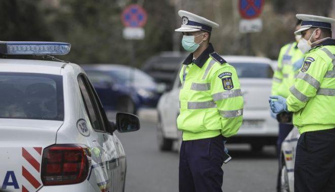 Zeci de amenzi, date de polițiști în prima noapte de carantină, la Constanța - politia-1605956453.jpg
