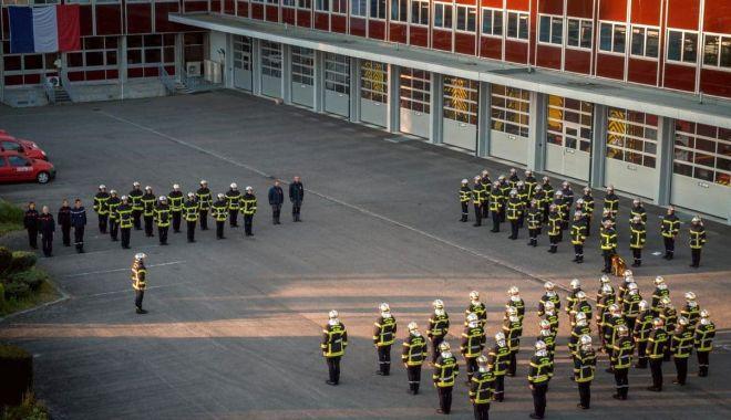 Moment de reculegere în Franța pentru pompierul din Constanța - pompierifranta-1587545269.jpg