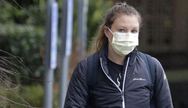 Foto: Poștașii, dotați cu echipamente de protecție împotriva coronavirusului