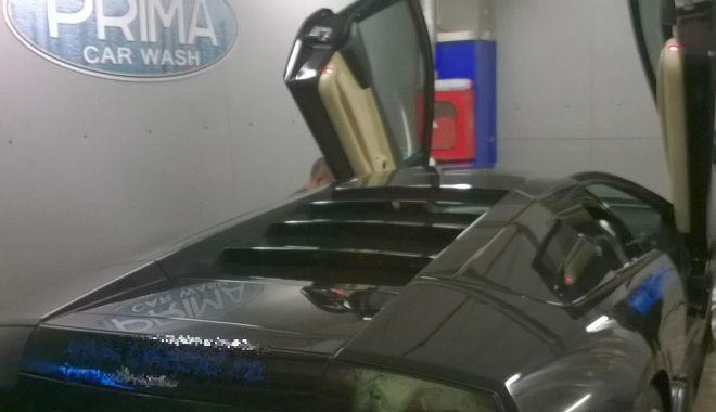 Foto: Spălătorie auto de lux! Prima Car Wash din Constanța angajează personal