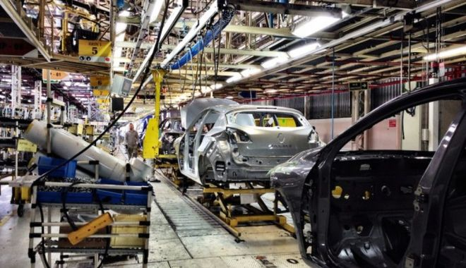Producţia de maşini este în scădere, în România - productiademasinimare-1614018505.jpg