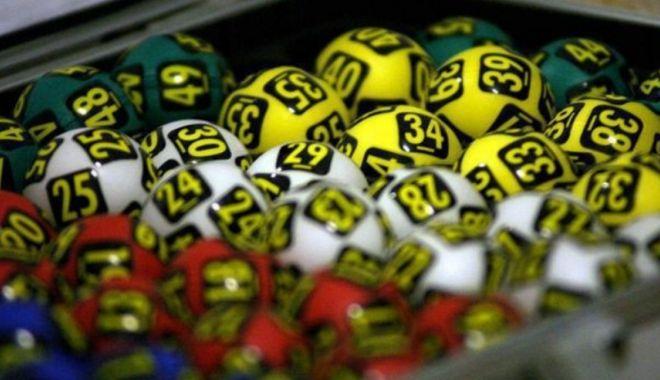 Puneţi, rapid, un bilet la Loto! Iată care sunt câştigurile - punetiunbiletlalotosursaplaytech-1600450206.jpg