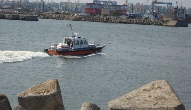 Războiul din pilotaj pune în pericol navigația în porturile maritime și pe canalele navigabile! - razboiuldinpilotajpuneinpericoln-1607362760.jpg