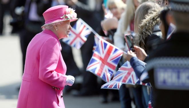 Răspunsul dat de Regina Marii Britanii unui fost terorist, după Brexit: