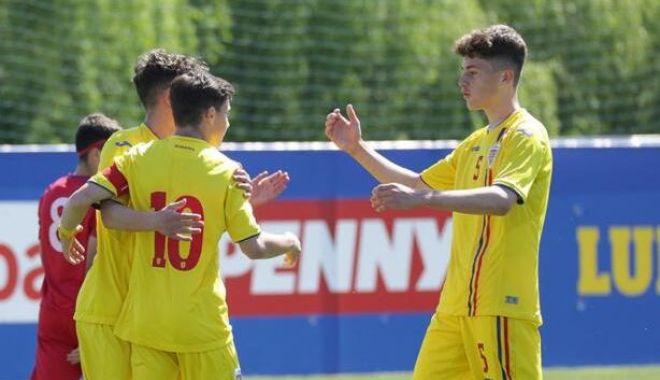 Fotbal / Naţionala U16, cantonament la Buftea. Opt jucători ai Farului, în lot - romaniau1620052y6a7834696x419-1631534714.jpg