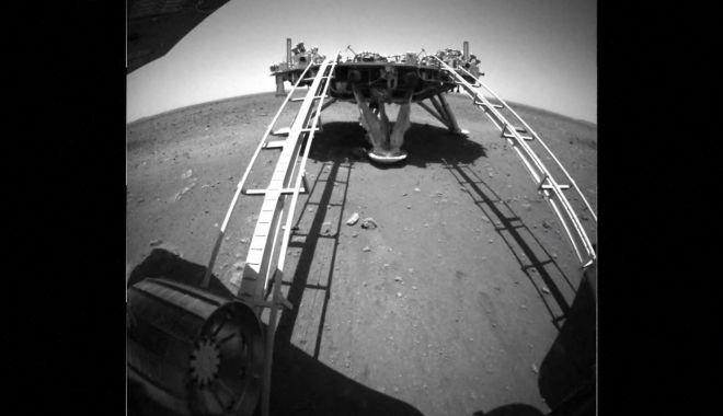 Cu ce viteză se mișcă roverul chinez pe Marte și de ce locul unde a ajuns este unul interesant - rover-1622808544.jpg