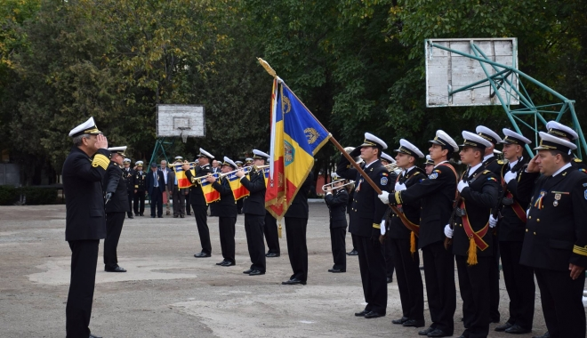 Foto: Maiștrii militari de marină, la ceas aniversar