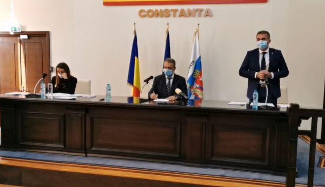 Aleșii locali au decis! Ionuț Rusu și Florin Cocargeanu, noii viceprimari ai Constanţei - sedinta-1604921325.jpg