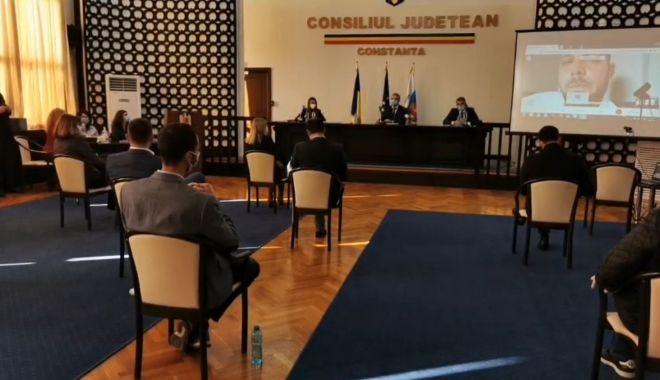 Aleșii locali au decis! Ionuț Rusu și Florin Cocargeanu, noii viceprimari ai Constanţei - sedinta1-1604921527.jpg