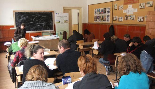 Foto: Cine beneficiază, gratuit, de serviciile de formare profesională