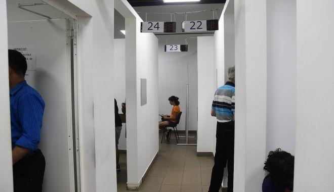 Foto: Program special la Serviciul Evidența Persoanelor înainte de alegerile locale