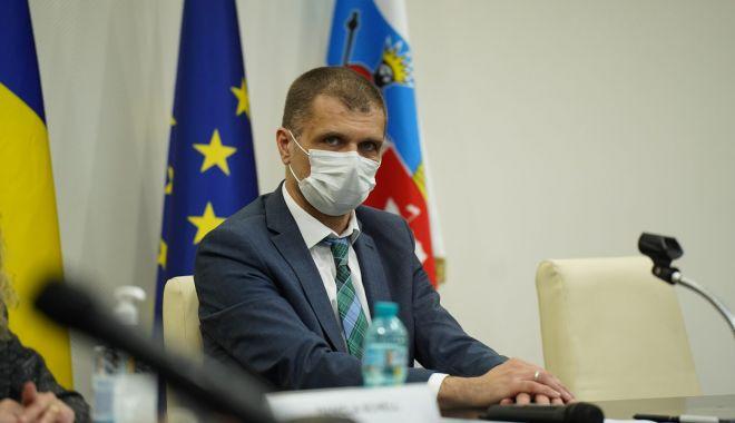 """Prefectul Silviu Coşa, noi precizări despre COVID-19. """"Teama iraţională ucide!"""" - silviucosa-1630853909.jpg"""
