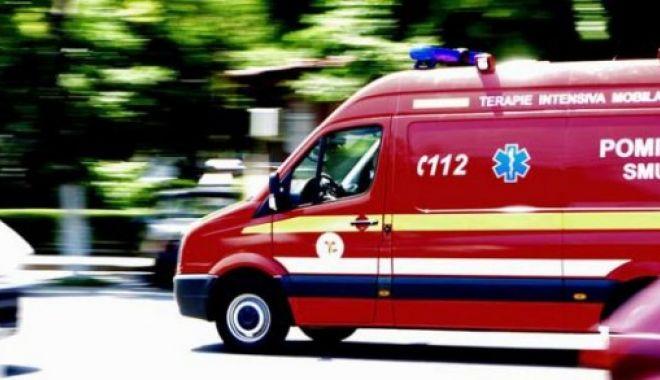 ACCIDENT ÎN STAȚIUNEA MAMAIA. Cinci tineri au fost transportați la spital - smurd-1626852519.jpg