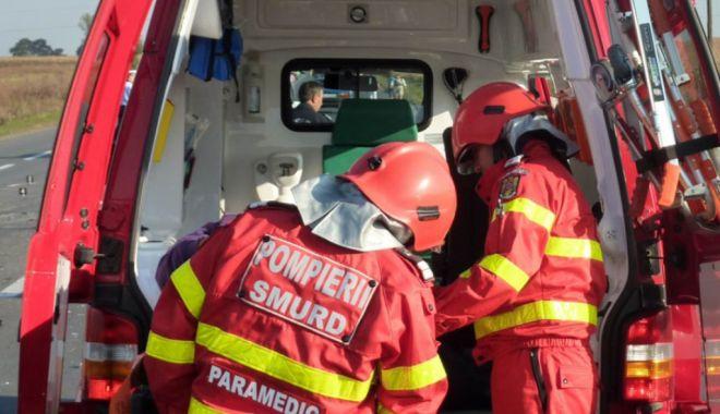 Copil de 7 ani, spulberat de o mașină în timp ce încerca să traverseze strada - smurd-1634106610.jpg