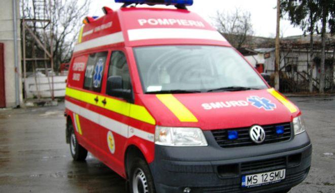 Județul Constanța: Accident rutier între Medgidia și Castelu - smurd5-1634052682.jpg